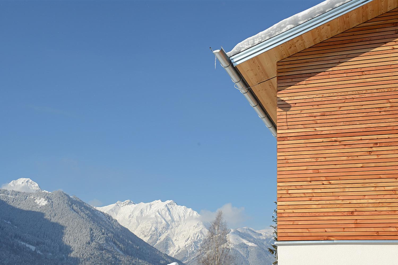 Wohnhaus Achensee Rofangarten Holzhaus Niedrigenergiehaus Fassade Winter