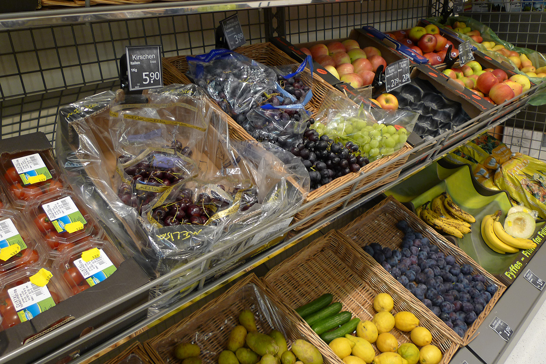 Feinkostladen Senioren-Wohnstift Ainring Laden Auslage Obst