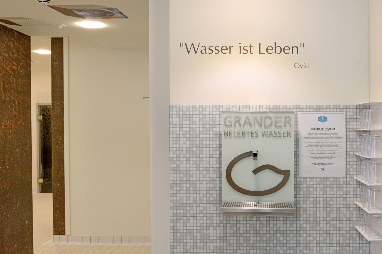 Wellness Senioren-Wohnstift Vitalisarium Bonn Spa Senioren Grander Wasser