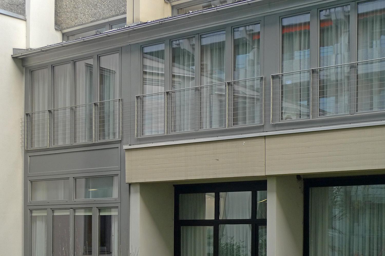 Verbindungstrakt Senioren-Wohnstift Ainring Umbau Fenster Aussen