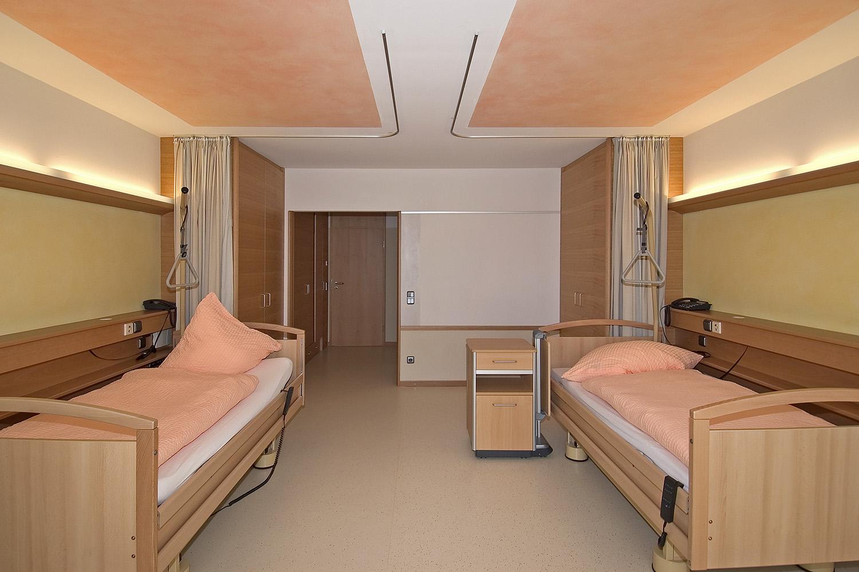 Pflegewohnbereich Senioren-Wohnstift Ainring Pflegestation Pflegezimmer